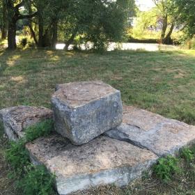 2000 stone resized